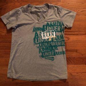 Under Armour Running Shirt Sz S Sweat wicking